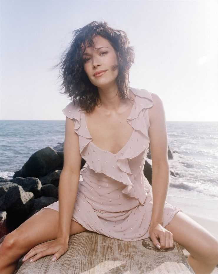 49 Hottest Brooke Langton Big Butt Pictures That Will Make