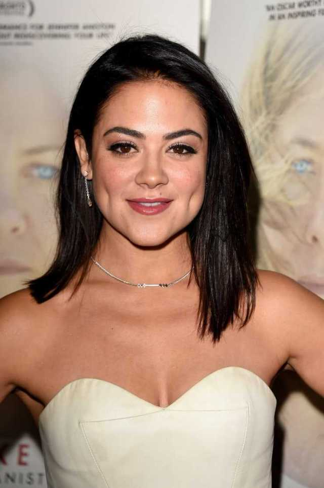 Camille Guaty nipples