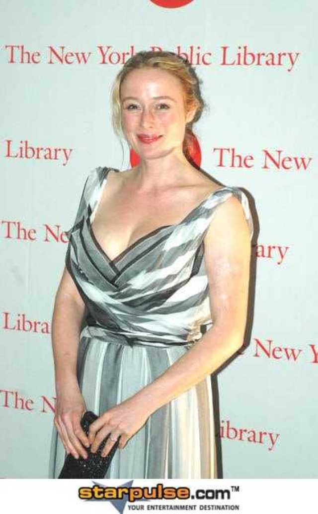 Jennifer Ehle nipples