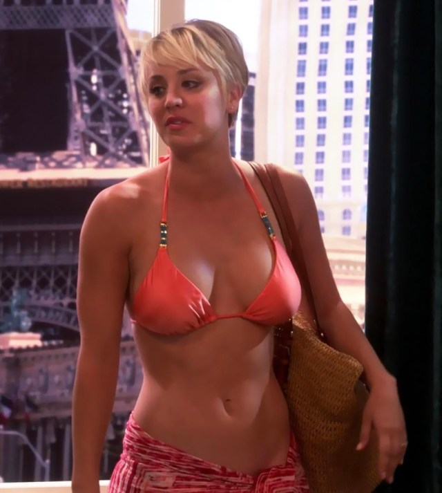 Kaley Cuoco big boobs pics