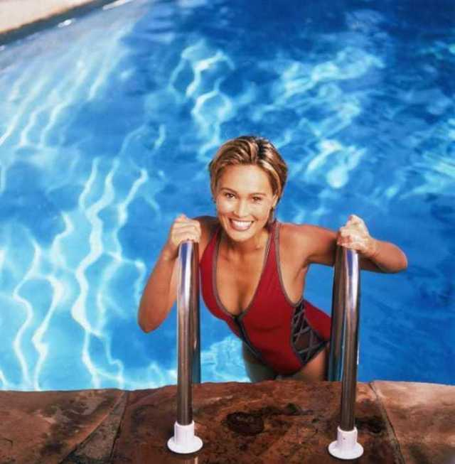 46 Tia Carrere Nude Pictures Present Her Magnetizing