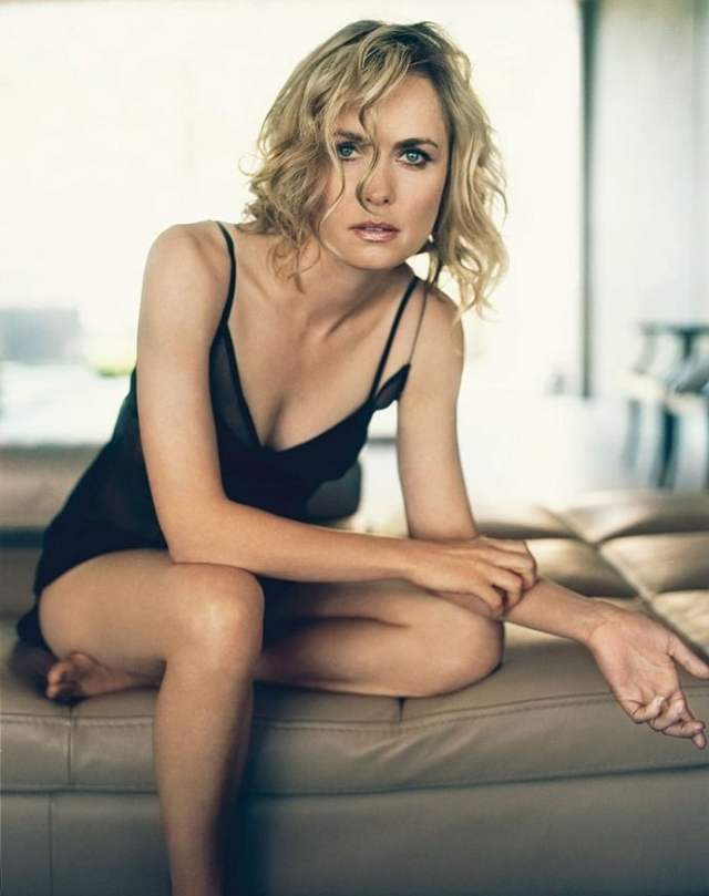 radha mitchell sexy pictures