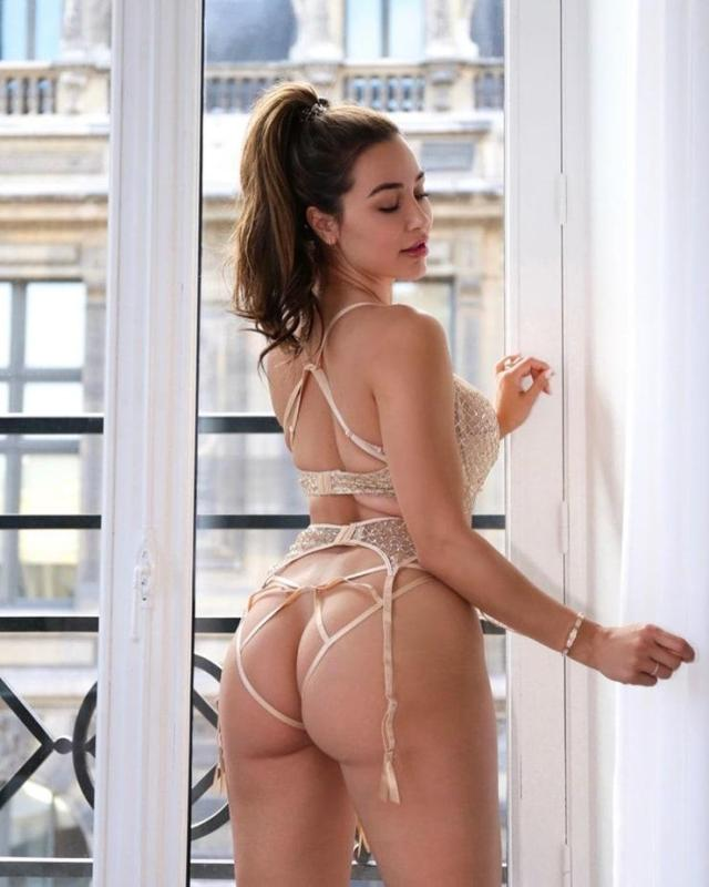 Ana Cheri booty pictures (2)