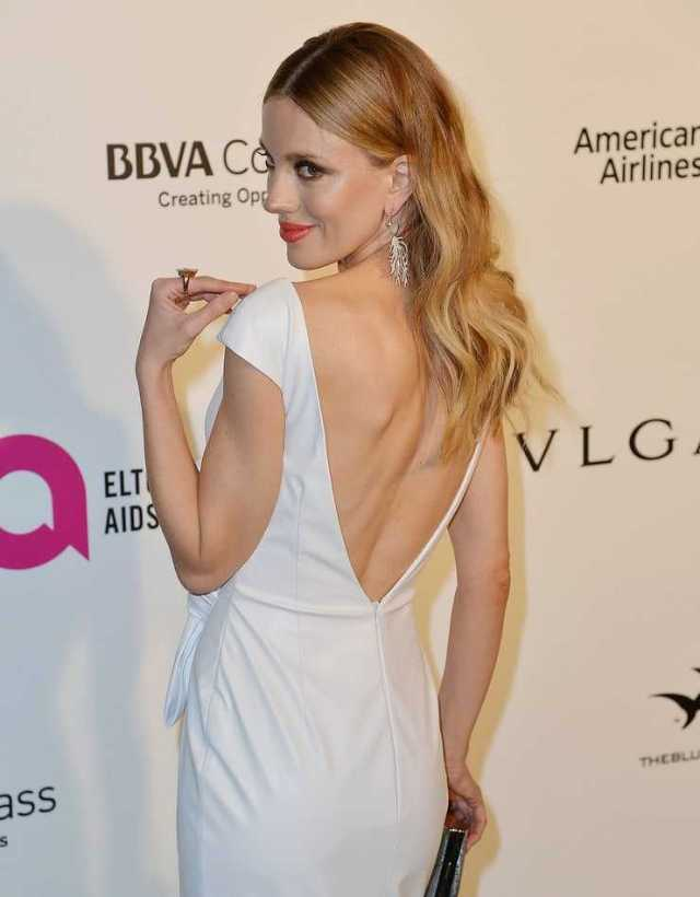 Bar Paly butt pictures