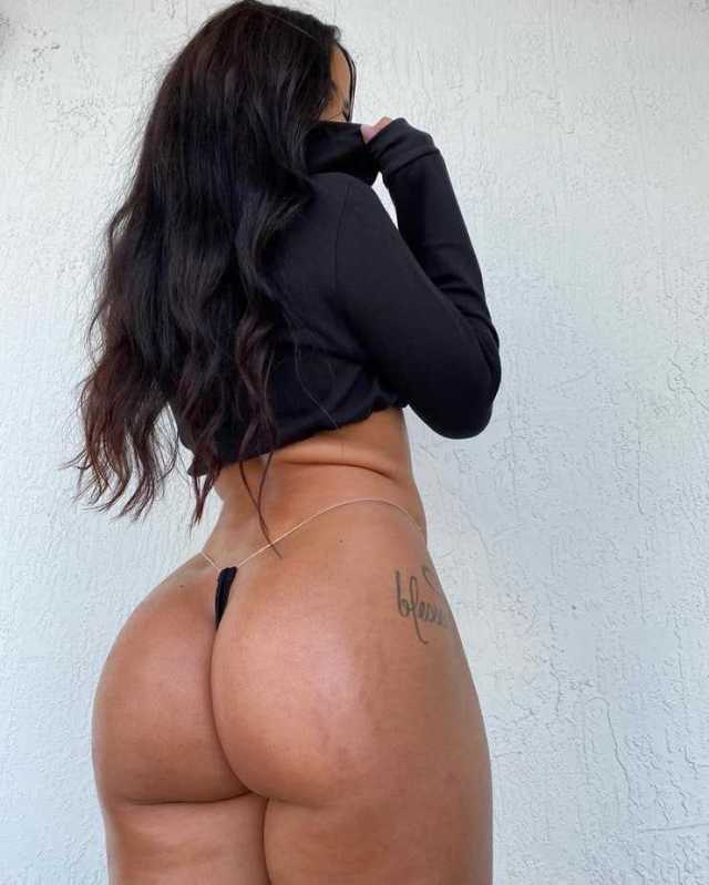 Katya Elise Henry sexy ass pictures (2)
