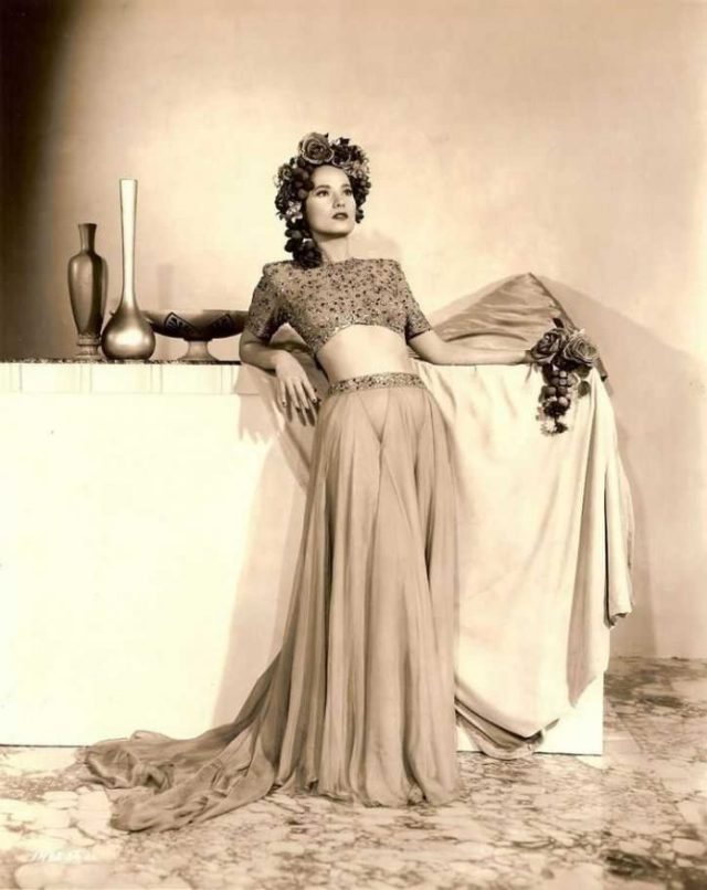 Merle Oberon hot pictures