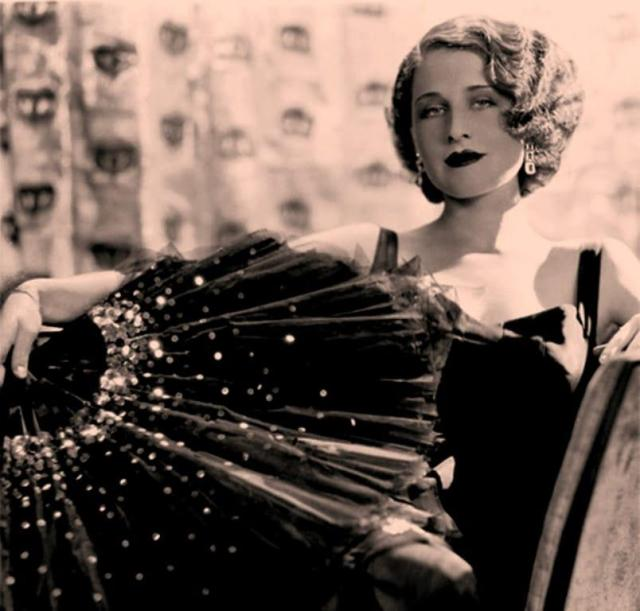 Norma Shearer tits pictures