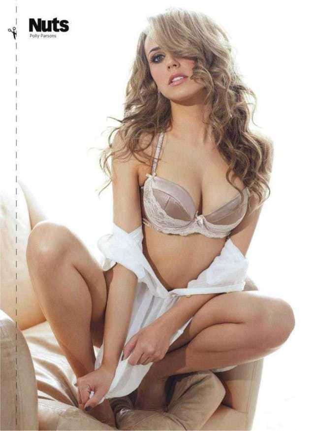 Polly Parsons hot look pics