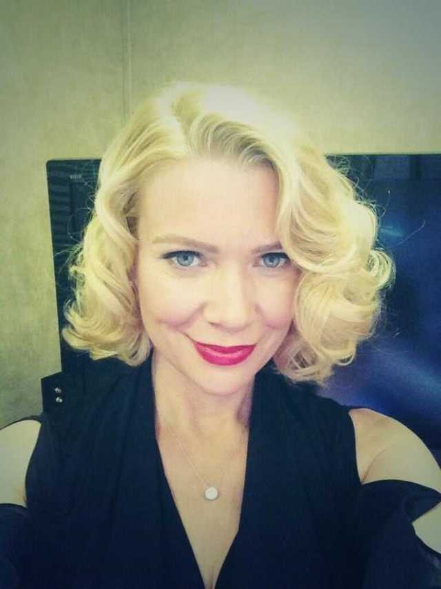 laurie holden blonde hair