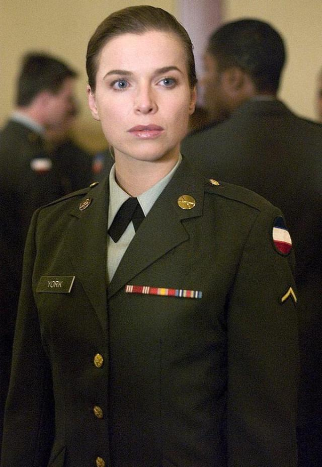 thekla reuten in uniform