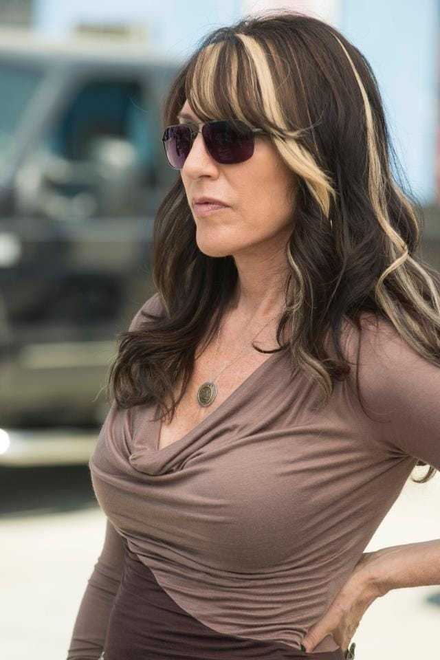 Katey Sagal big breast pics