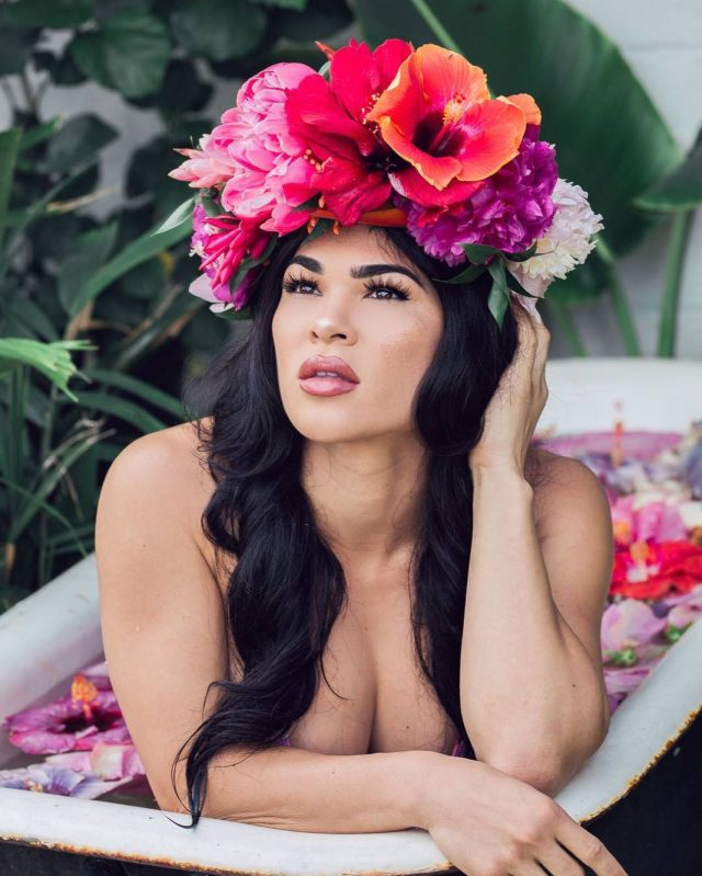 Rachael Ostovich boobs pictures