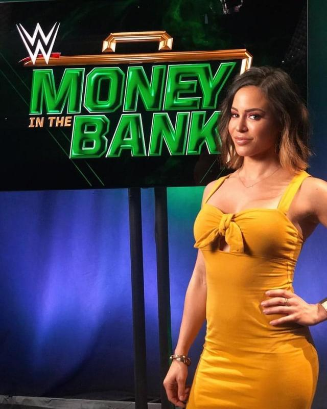 Charly Caruso ass pics