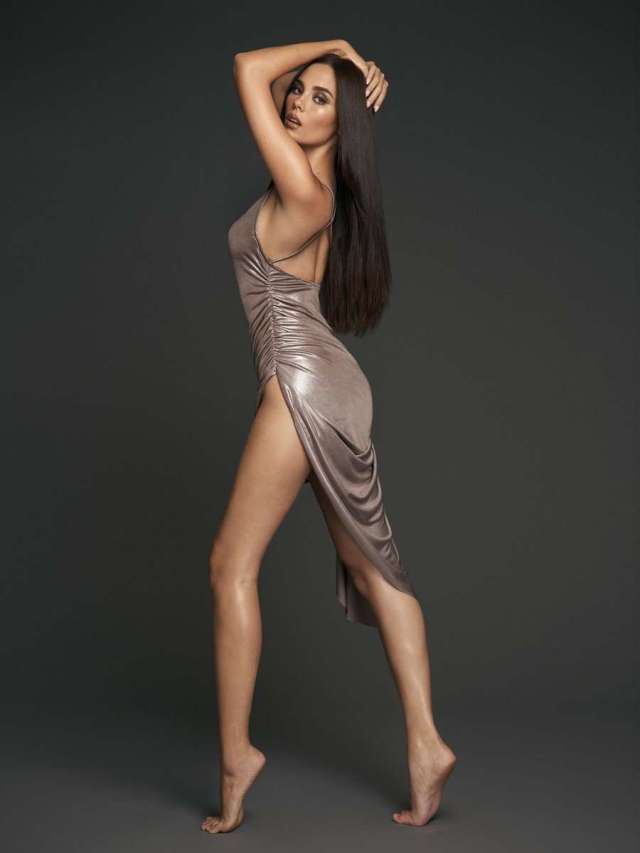 Catriona Gray sexy look pic