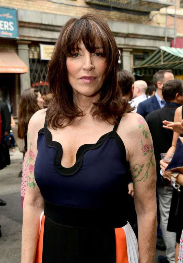 Katey Sagal hot look