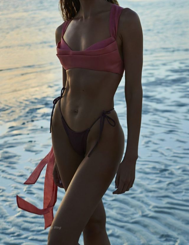 Candice Swanepoel toned stomach