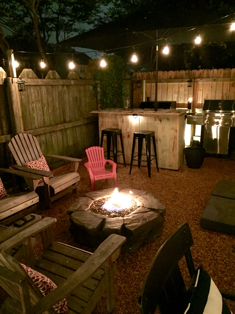 18 Fire Pit Ideas For Your Backyard - Best of DIY Ideas on Diy Back Patio Ideas id=86692