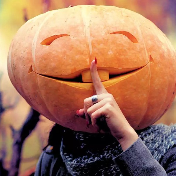 NJ Halloween: Secret Guide to Halloween in New Jersey - Pumpkin Head Girl
