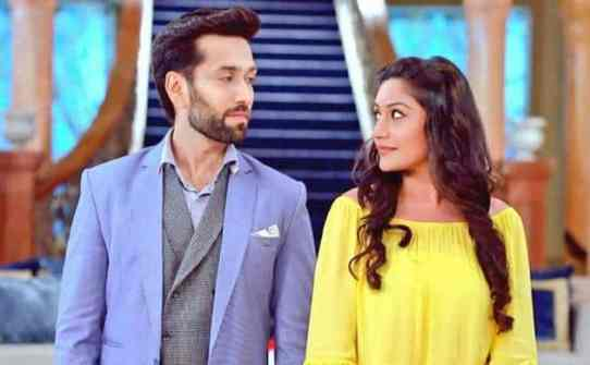 A romantic scene from Ishqbaaz