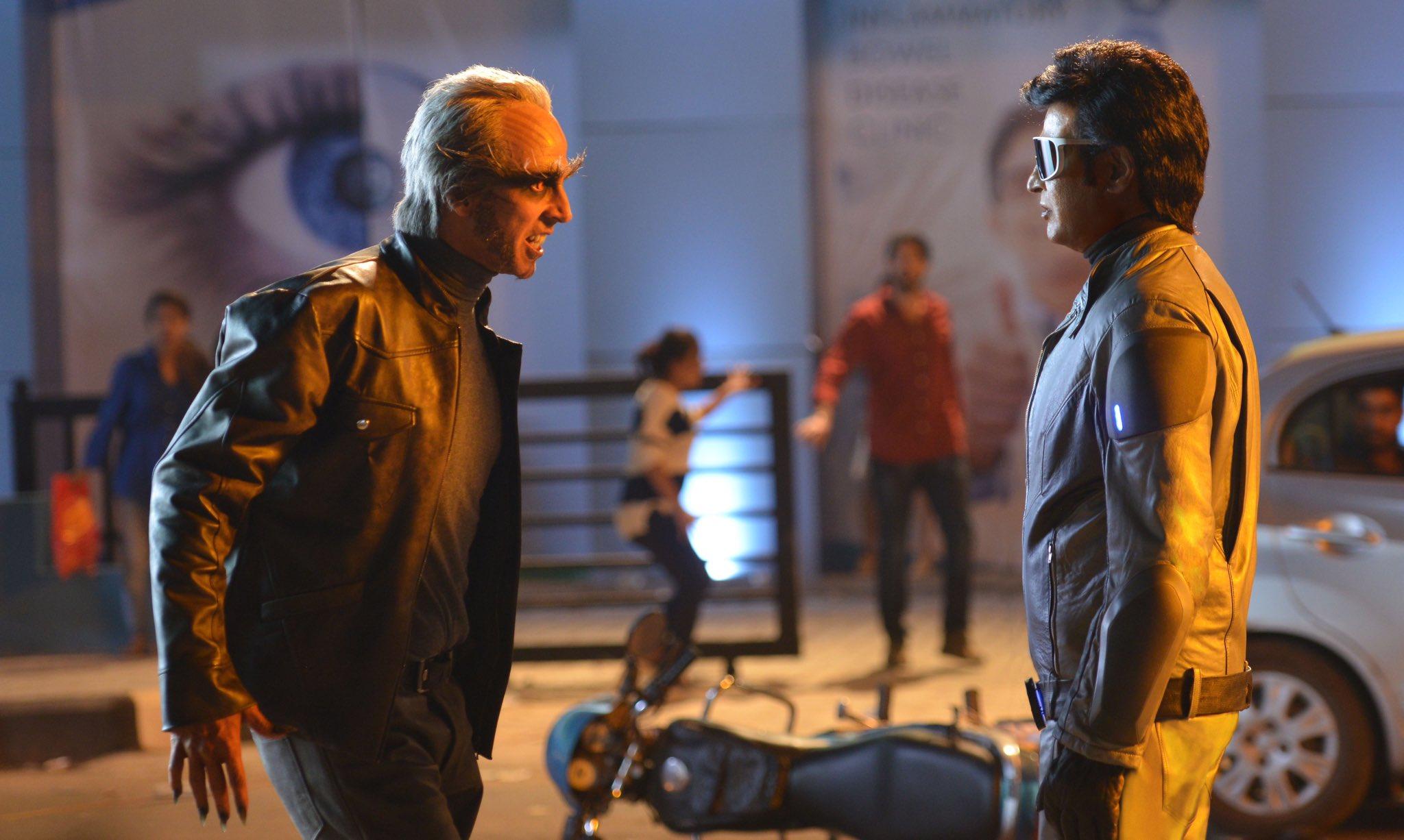 Akshay Kumar and Rajnikanth in 2.0