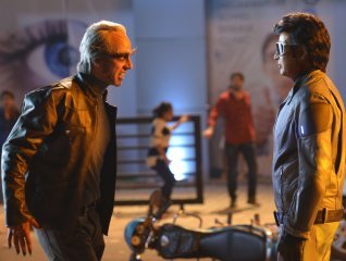 Akshay Kumar and Rajnikanth in 2.0