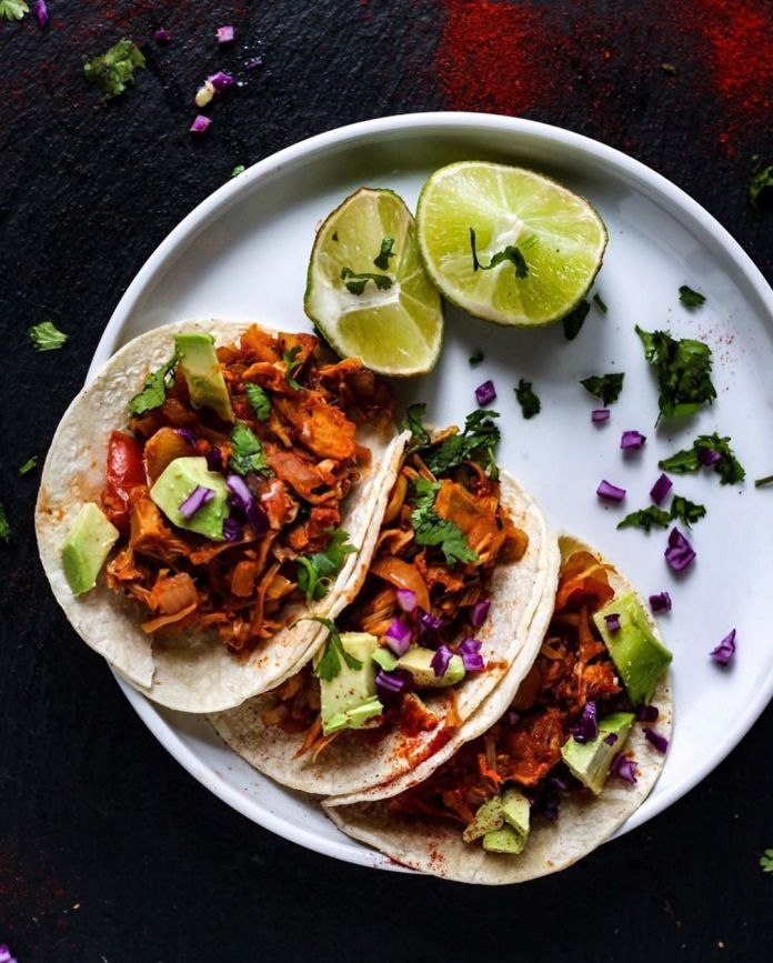 Oil-free Spicy Jackfruit Tacos