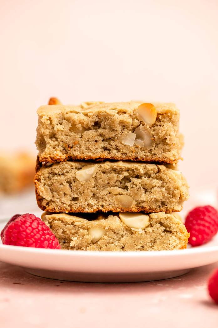 Cashew Butter Vegan Blondies with Macadamia Nuts by From My Bowl