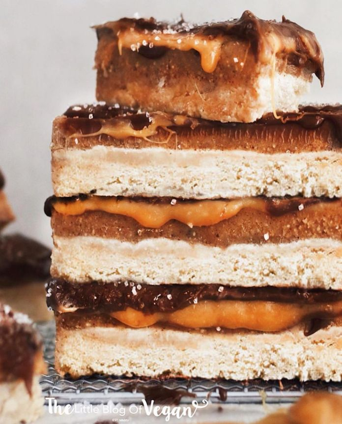 "10-ingredient Vegan ""Twix"" bars"