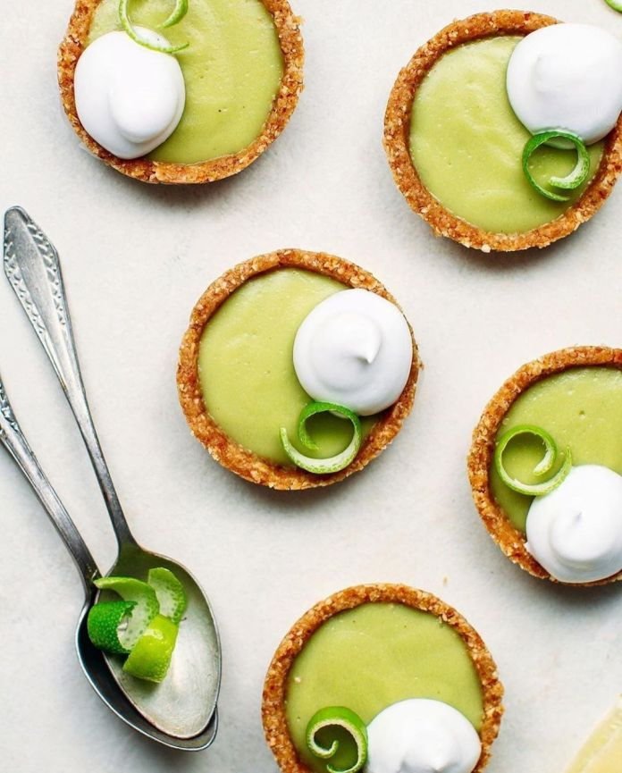 No-Bake Vegan Mini Key Lime Pies