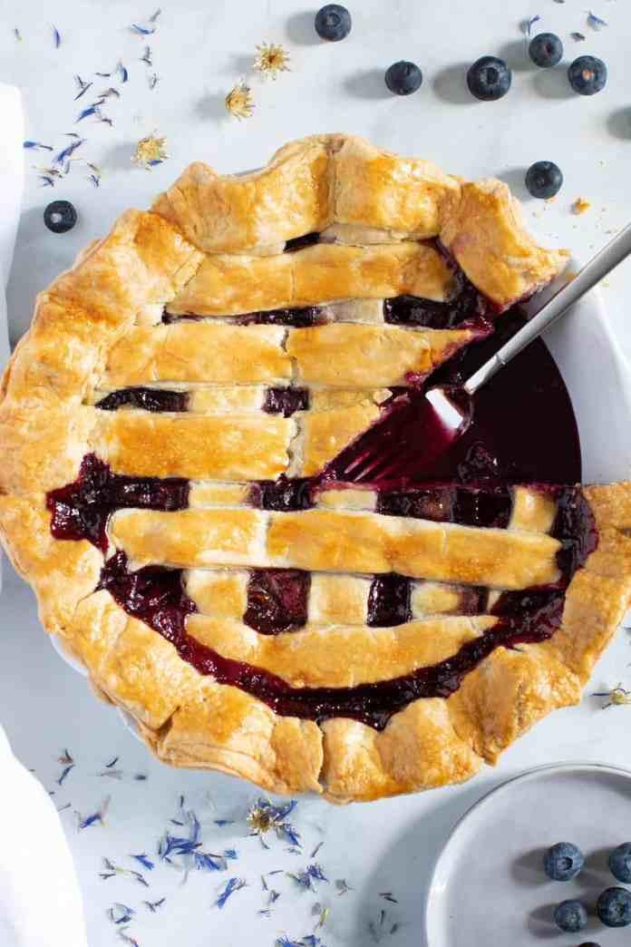 vegan apple berry pie