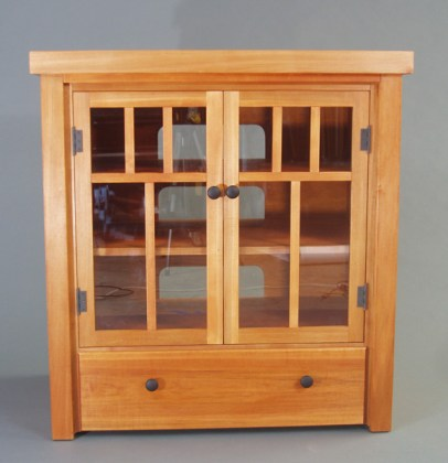 The maple was carefully dyed to match 90-year-old gumwood built-ins.