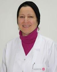 الدكتوره حنان سماق افضل دكتور اطفال بالرياض