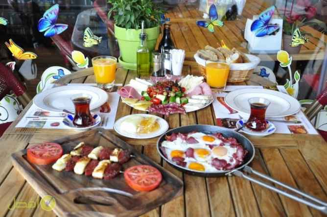 قهوة فيروز افضل فطور في اسطنبول