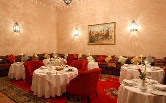 مطعم لاربيل