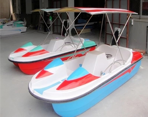 3 to 4 Person Cheap Pedal Boats