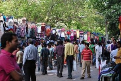 Street shopping in India- Delhi