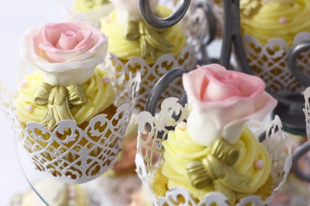 cupcakes decoration sweet dessert food pastry