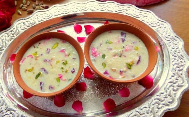 Gulab Kheer for this festive season