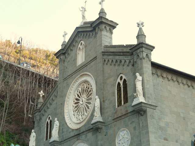 Riomaggiore-chiesa San Giovanni Battista-rosone, Cinque Terre