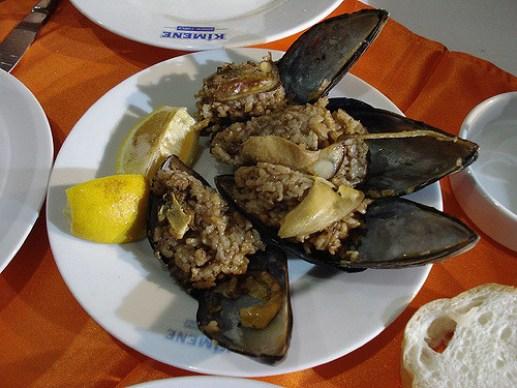 Midye dolma-Istanbul street food