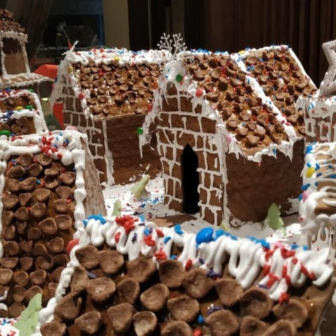 Gingerbread house, Christmas delight