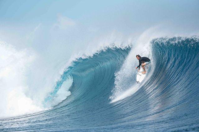 surfing at cloudbreak