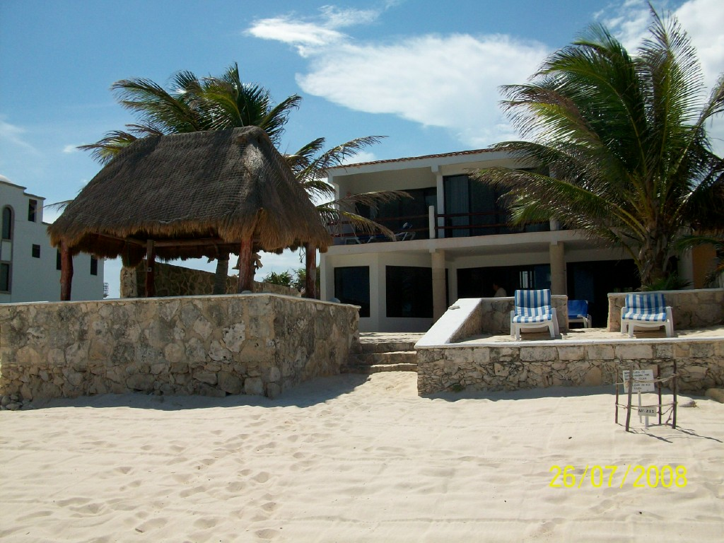 Beach Front 3 Bedroom Home in Akumal