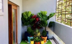 34 Beautiful Apartment Balcony Decoration Ideas Making The Most Out Of Your Balcony 22
