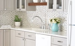 72 Beautiful Kitchen Countertop Ideas With White Cabinets Look Luxurious 14