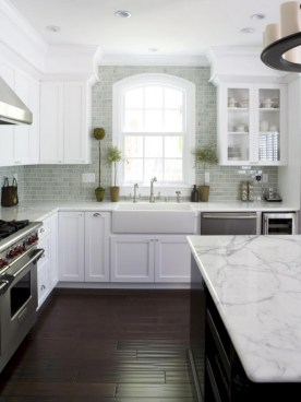 72 Beautiful Kitchen Countertop Ideas with White Cabinets Look Luxurious 2194