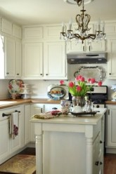 91 Amazing Kitchen Cabinet Design Ideas for A Small Space 2176