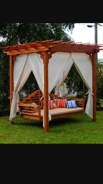 84 Backyard Decoration Ideas for Transform Your Backyard with A Quality Wood Pergola or Arbor 6363