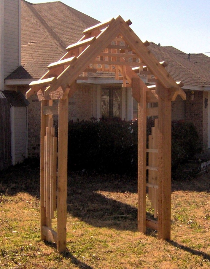 84 Backyard Decoration Ideas for Transform Your Backyard with A Quality Wood Pergola or Arbor 6394