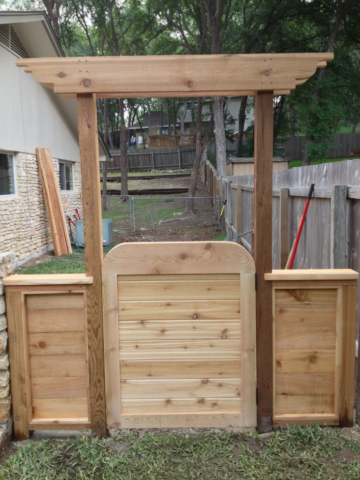84 Backyard Decoration Ideas for Transform Your Backyard with A Quality Wood Pergola or Arbor 6398